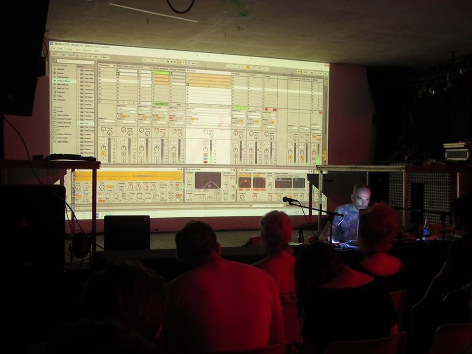 Arad au workshop Ableton (© Krake Festival)